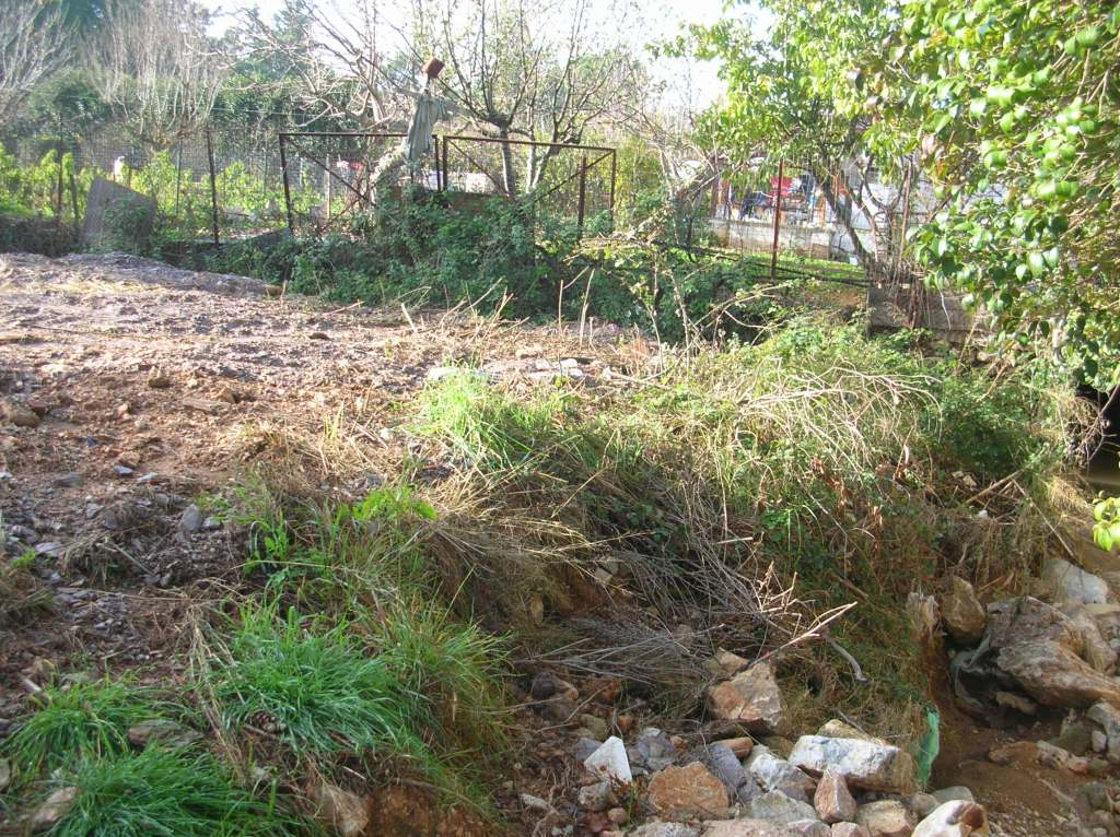 Το μπάζωμα του ρέματος στην διασταύρωση της οδου Ερωφίλης με την Λεωφόρο Σταμάτας